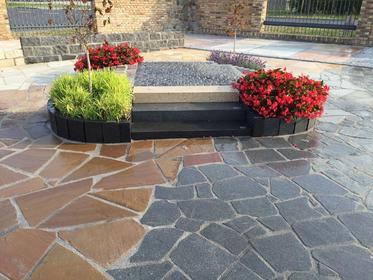 Polygonalplatten, Blockstufen, Palisaden | Granit, Quarzsandstein, Basalt