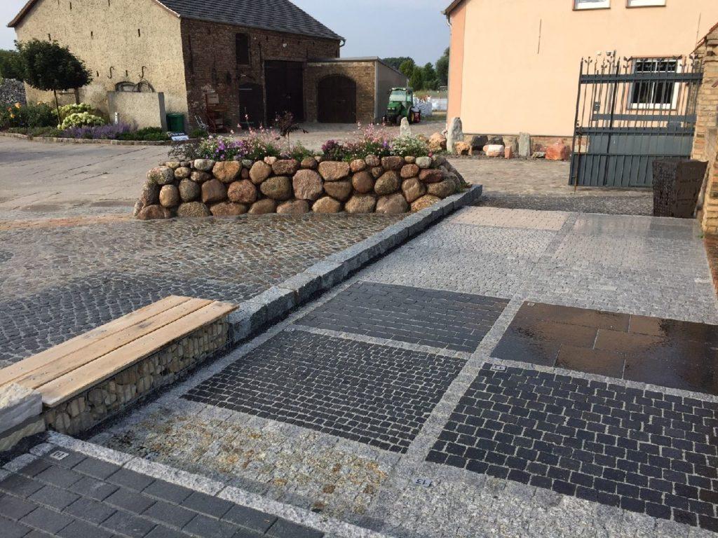Friesenwall, Mosaikpflaster
