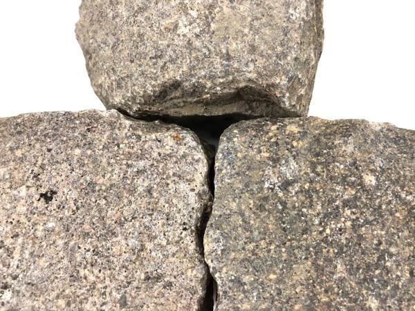 Gebrauchtes Porphyr Kleinpflaster 8-11 cm reihenfähig