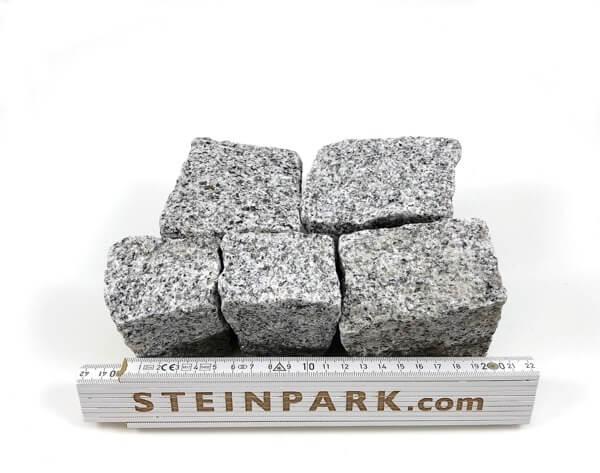 neues granit mosaikpflaster feinkorn 4 6 cm hellgrau. Black Bedroom Furniture Sets. Home Design Ideas