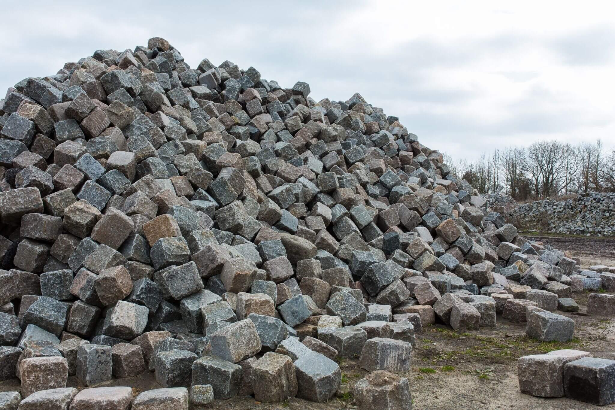 Granit Großpflaster 15-17 cm Wiese bunt gebraucht 1