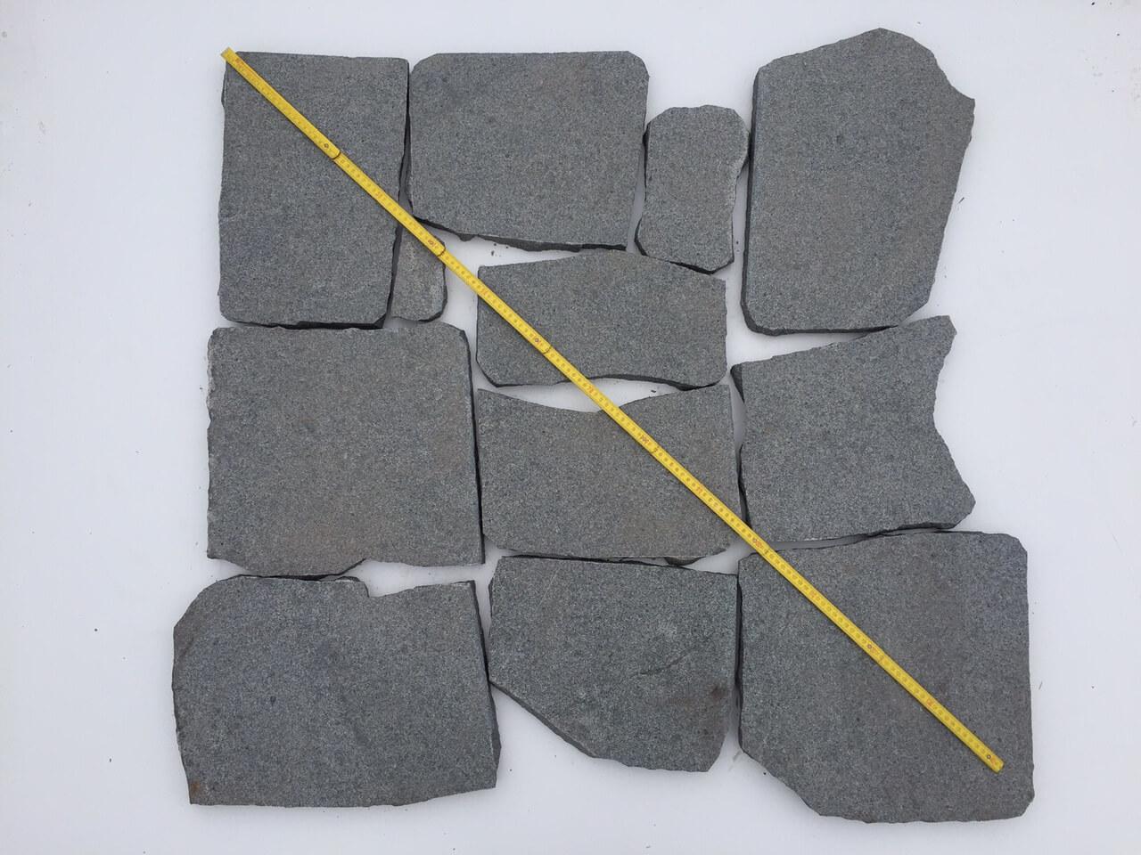 granit polygonalplatte dunkelgrau unregelm ig gebrochen. Black Bedroom Furniture Sets. Home Design Ideas