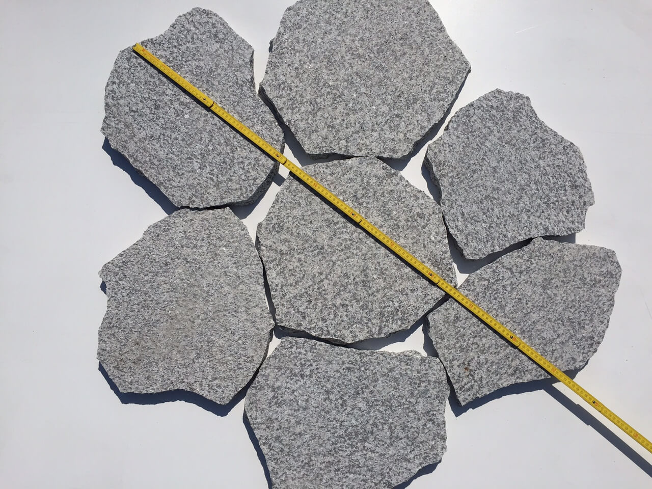 Granit Polygonalplatte hellgrau 3