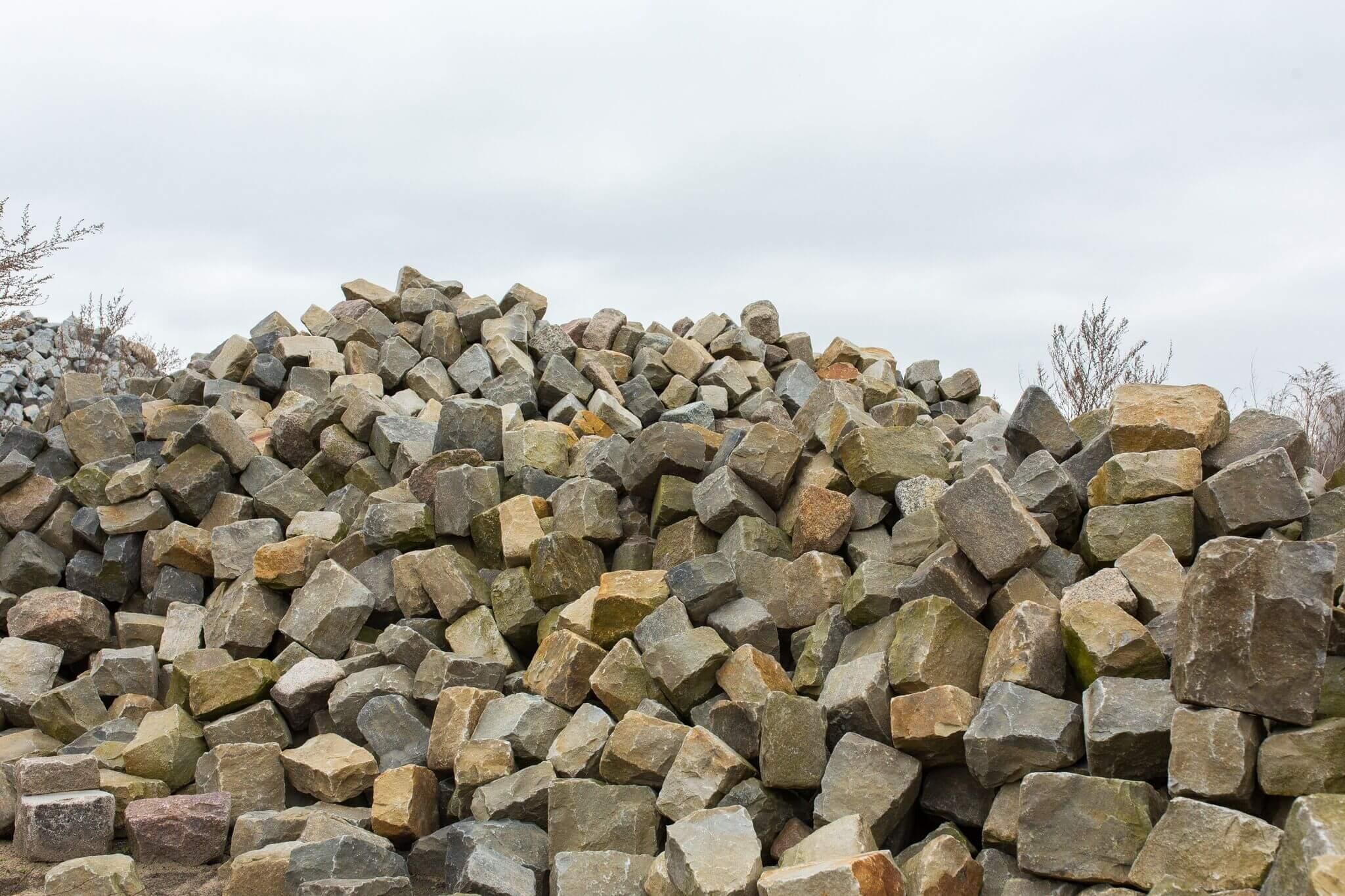 Kalkstein Großpflaster Box72 gebraucht 2