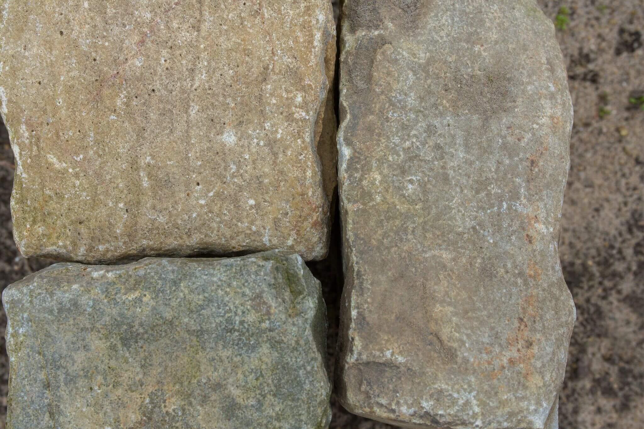Kalkstein Großpflaster Box72 gebraucht 8
