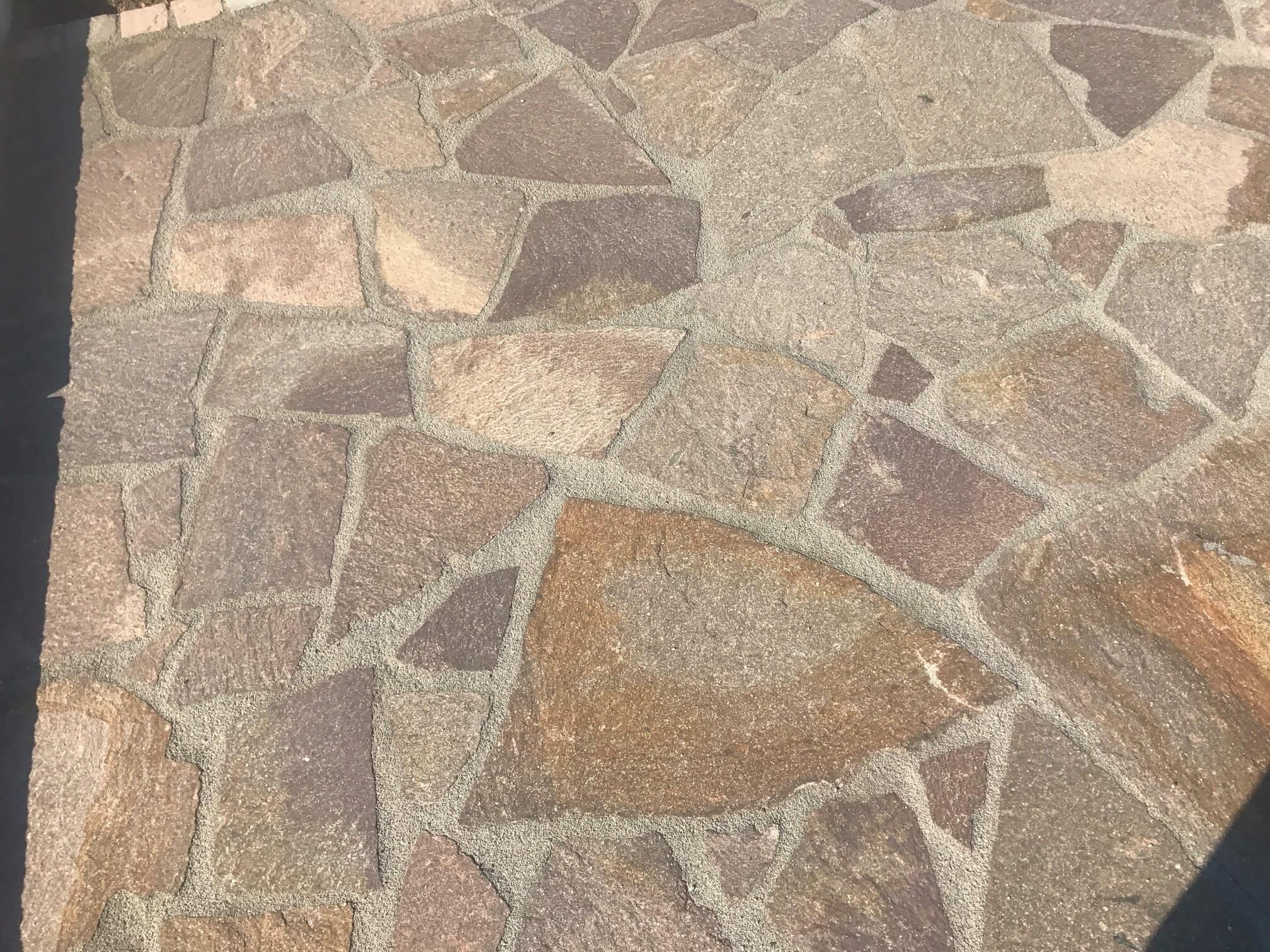 Porphyr Polygonalplatte rot-braun unregelmäßig gebrochen