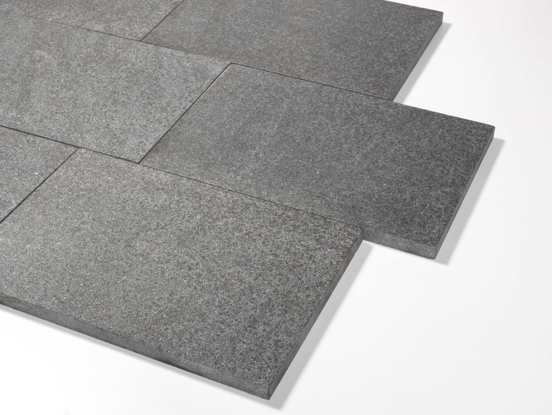 basanit terrassenplatte 40x60x3 cm