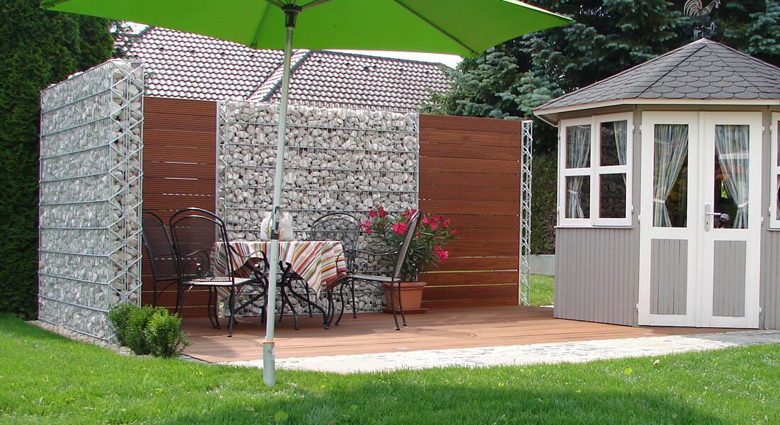 Frühjahrsputz im Außenbereich - Wie säubert man Terrassenplatten aus Naturstein?