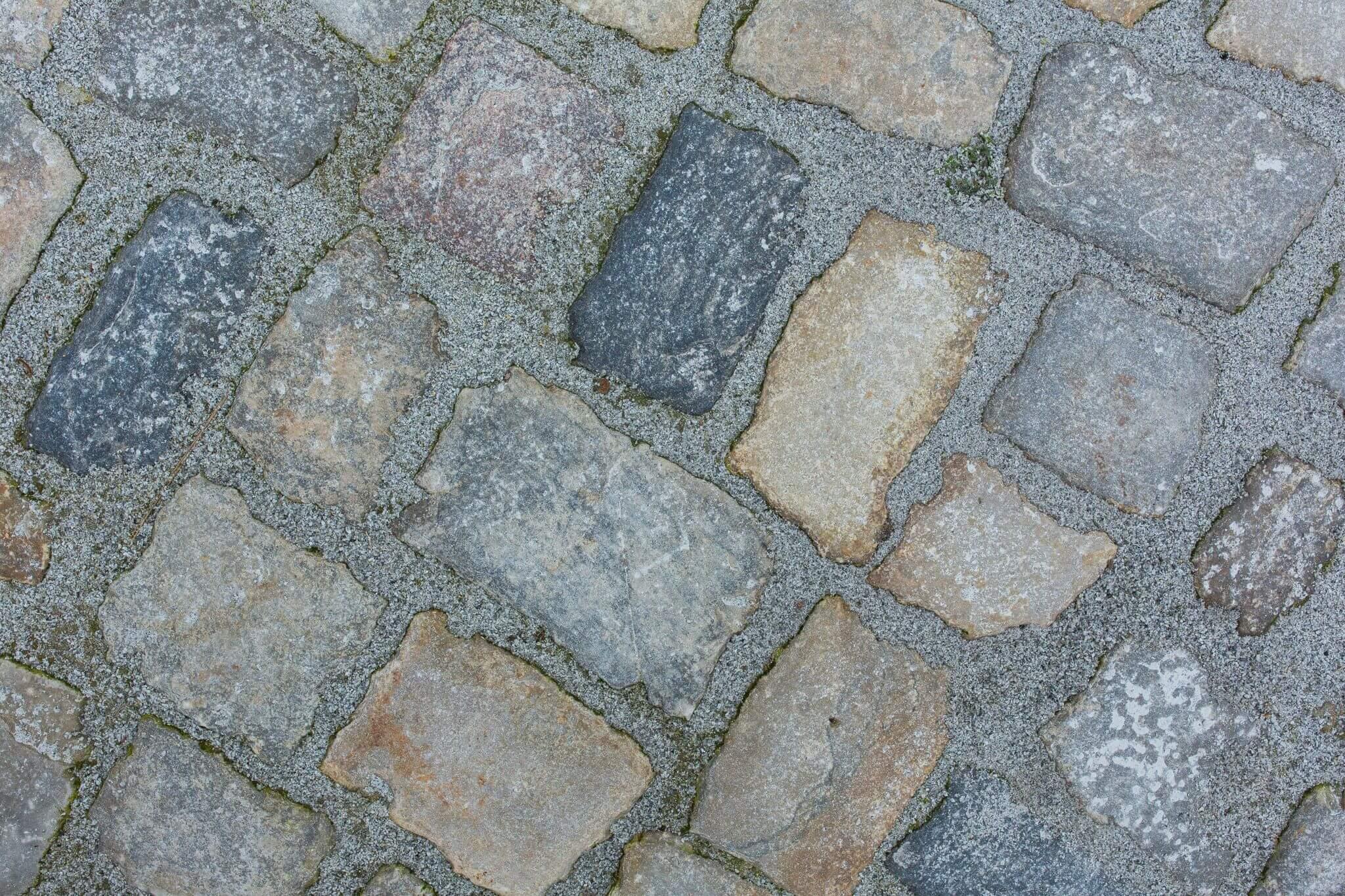 Gebrauchtes Kalkstein Großpflaster Box 72