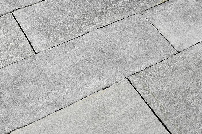 gneis terrassenplatte luzerna grau-silber