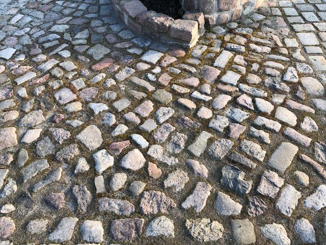 granit-feldsteinpflaster-bunt-gebraucht-box17