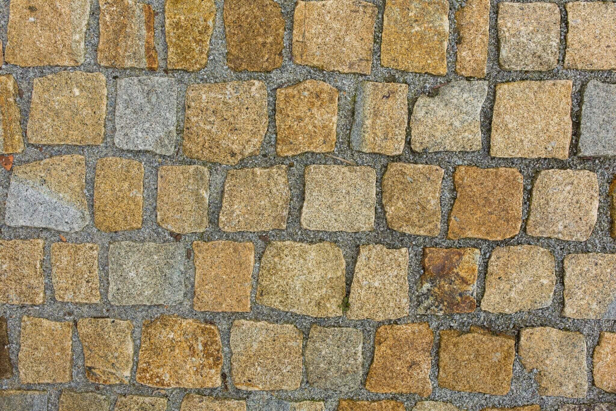 neues granit kleinpflaster   cm regelmaessig