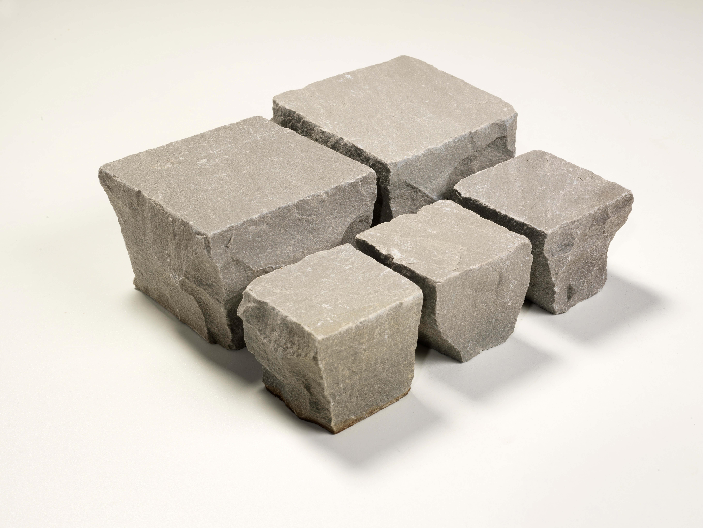 quarz sand kleinstein 10x10x6 8 cm grau. Black Bedroom Furniture Sets. Home Design Ideas