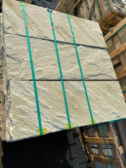 quarz-sandstein-blockstufe-mint-gelb-grün2
