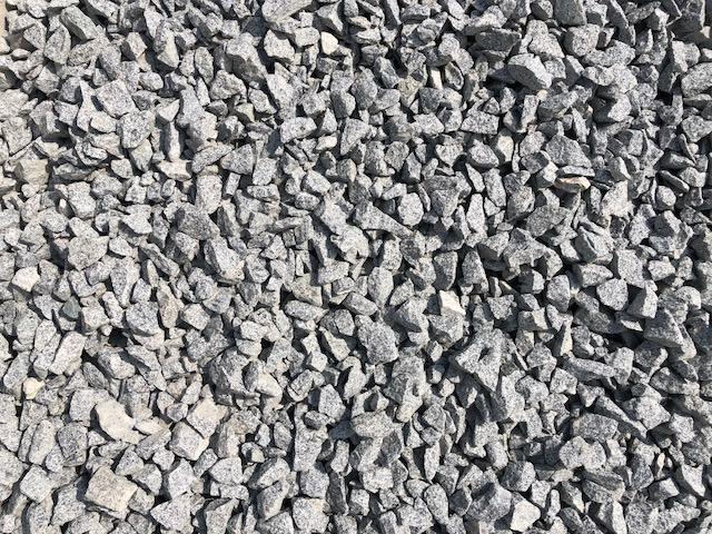 ziersplitt-granit-silver-gris-hellgrau-gebrochen-box-a41 (3)