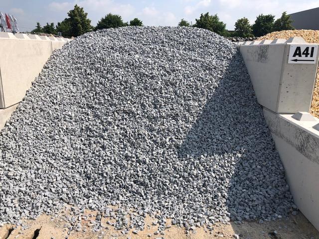 ziersplitt-granit-silver-gris-hellgrau-gebrochen-box-a41
