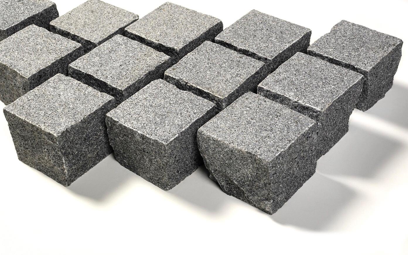 Granit Edelkleinpflaster 10x10x8 cm dunkelgrau