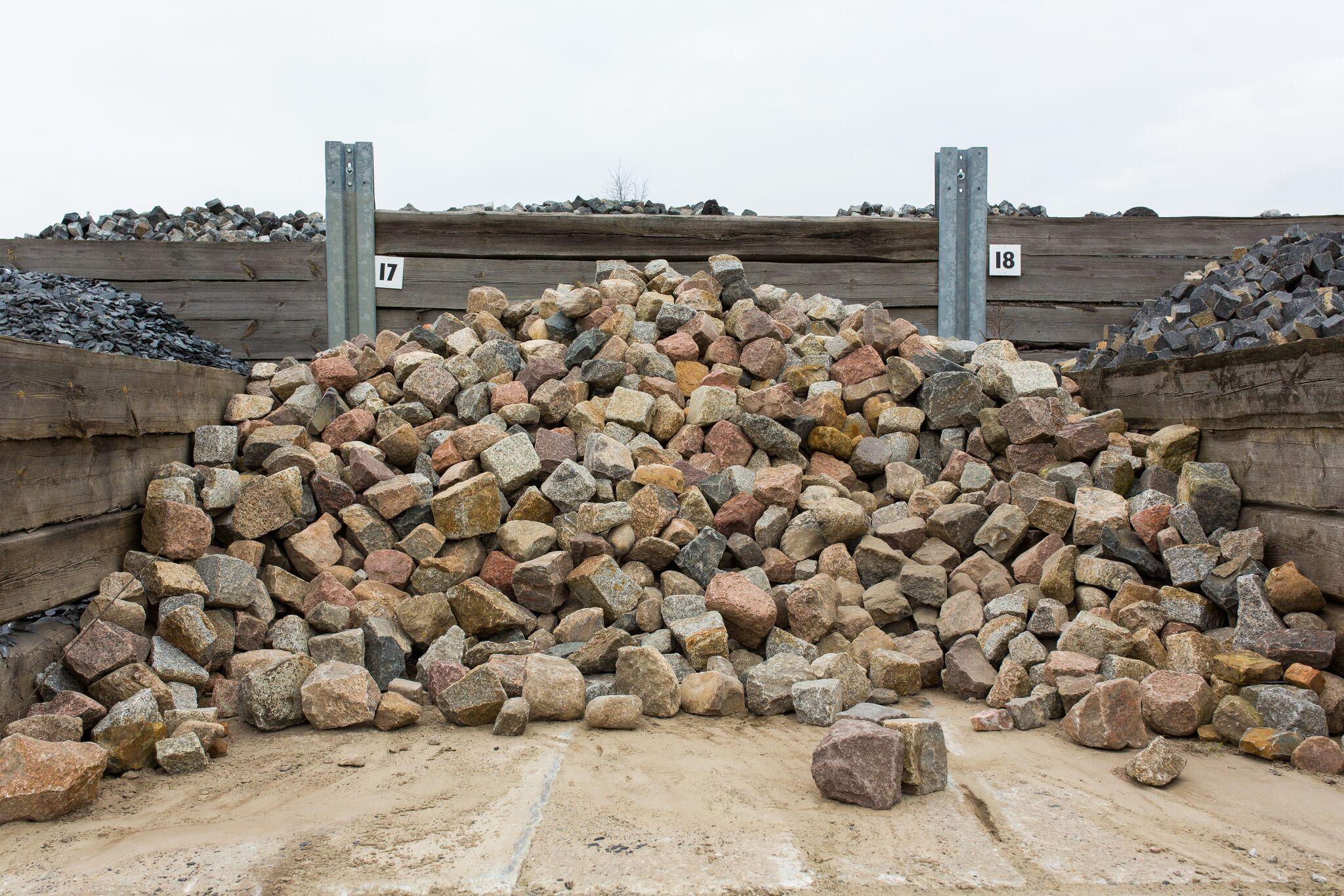 Granit Feldsteinpflaster box17 bunt gebraucht 1