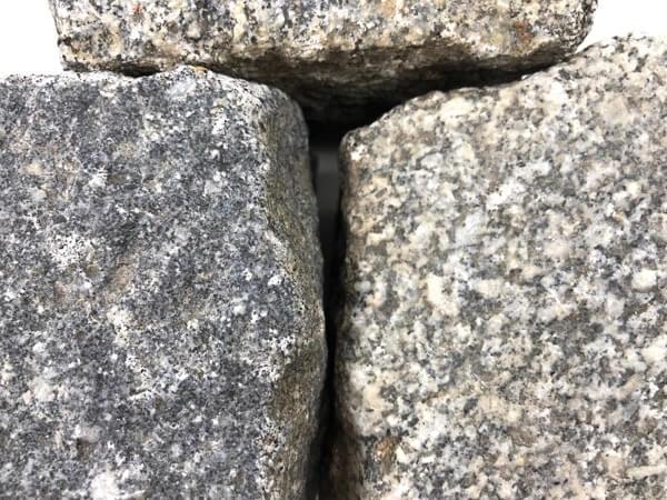 Gebrauchtes Granit Kleinpflaster 8-11 cm reihenfähig