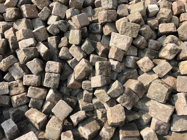 granit-großpflaster-gebraucht-bunt-box-a16 (2)