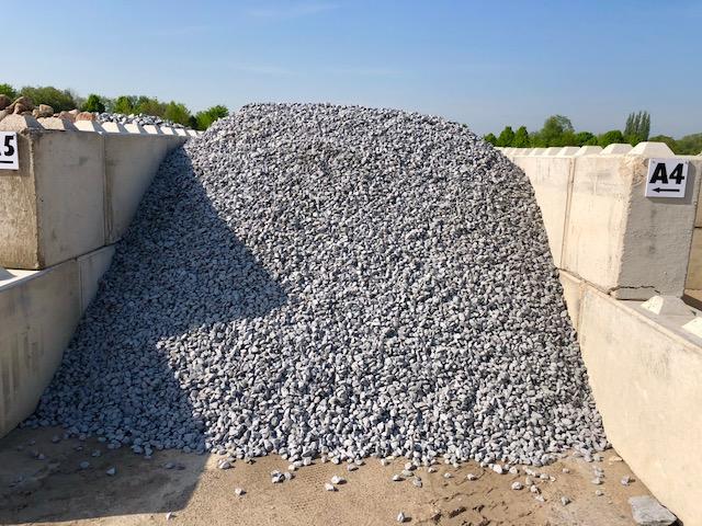 ziersplitt-alpenstein-anthrazit-grau-gebrochen-22-32mm-box-a4 (2)