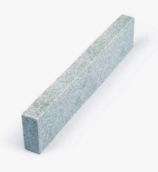 Granit Edelkantenstein 6x35x125 cm hellgrau allseitig gesägt/geflammt