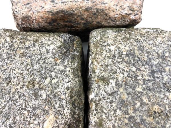 granit-großpflaster-gebraucht-grau-bunt-reihenfähig-box6 (2)