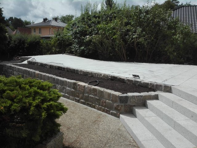 granit-großpflaster-gebraucht-grau-reihenpflaster-box-a14 (2)