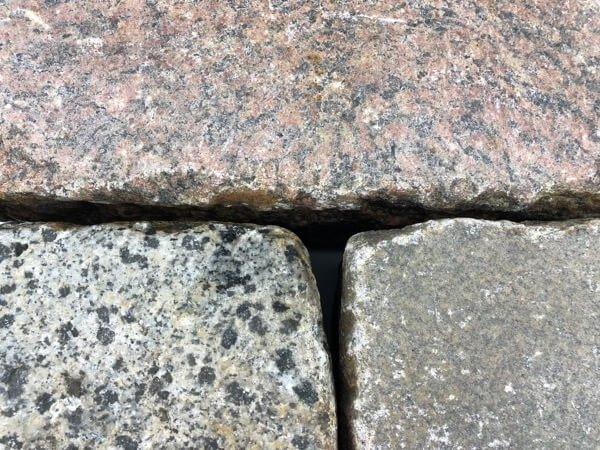 granit-großpflaster-gebraucht-rot-bunt-reihenpflaster-box50 (2)