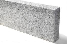 Granit Edelkantenstein 6x25x100 cm hellgrau allseitig gesägt