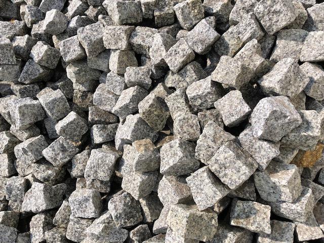 granit-mosaikpflaster-neuware-mittelkorn-a13-grau-gespalten (2)