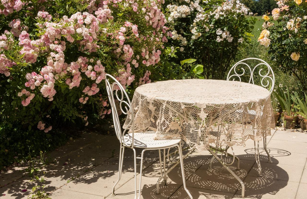 welche terrassenplatten werden nicht hei mehr dazu im naturstein ratgeber. Black Bedroom Furniture Sets. Home Design Ideas