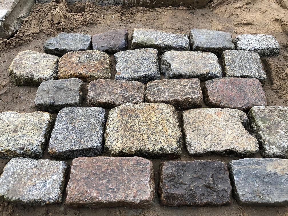 granit-großpflaster-pflasterplatten-antik-reihenpflaster-3-6cm (2)