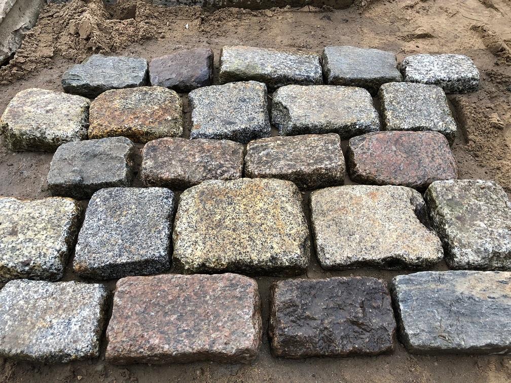 granit-großpflaster-pflasterplatten-antik-reihenpflaster-3-6cm (3)