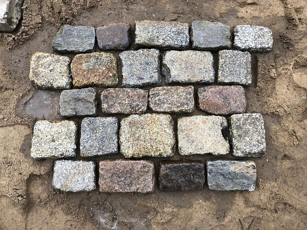 granit-großpflaster-pflasterplatten-antik-reihenpflaster-3-6cm