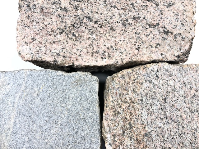 granit-pflasterplatte-12cm-bunt-gesägt-geflammt-regelmäßig (2)