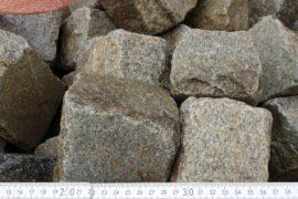 Gebrauchtes Granit Kleinpflaster 8-11 cm reihenfähig hellgrau