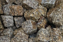 Granit Mosaikpflaster 4-6 cm gelb-grau