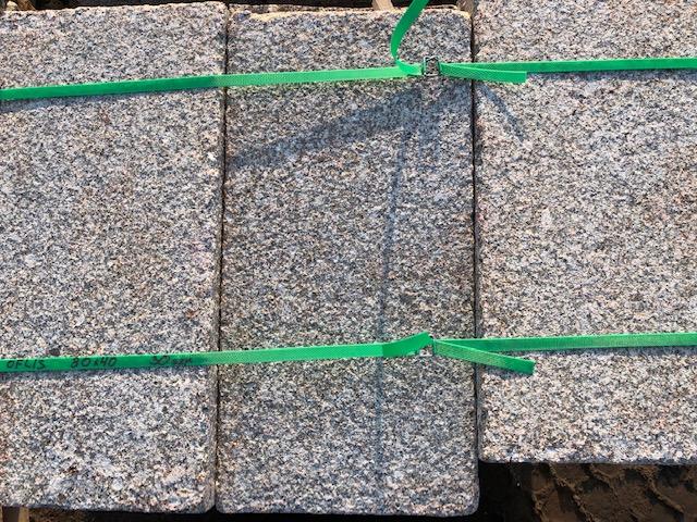 granit-krustenplatte-gelb-grau-geflammt-angeknabbert (5)