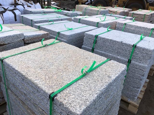 granit-krustenplatte-gelb-grau-geflammt-angeknabbert (9)