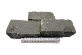 Basalt Kleinpflaster 20x10x8 cm gespalten anthrazit