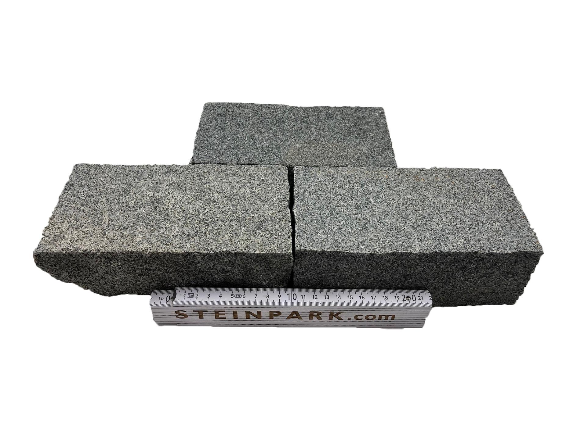 Granit Edelkleinpflaster 20x10x8 cm dunkelgrau