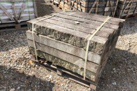 Historische Kalkstein Trockenmauerstelen 120x15x13 cm