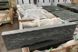 Basalt Kantenstein 6x25x100 cm anthrazit (6×100 cm) gesägt/gespalten