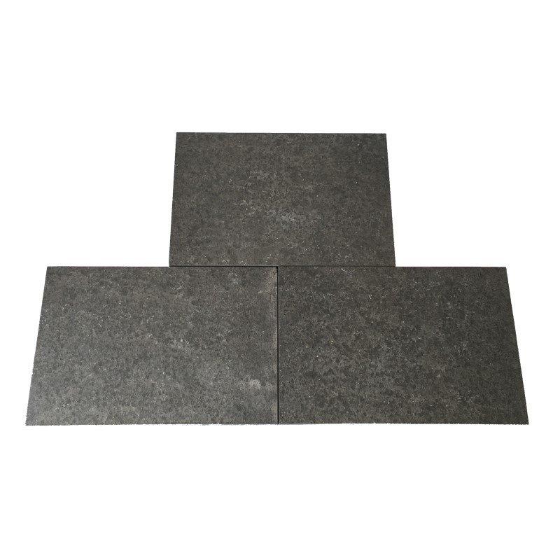 steinpark-basaltplatten-40x60x3-anthrazit-gesägt-geflammt