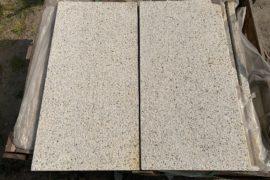 Granit Terrassenplatten 40x80x3 cm grau-gelb gestockt