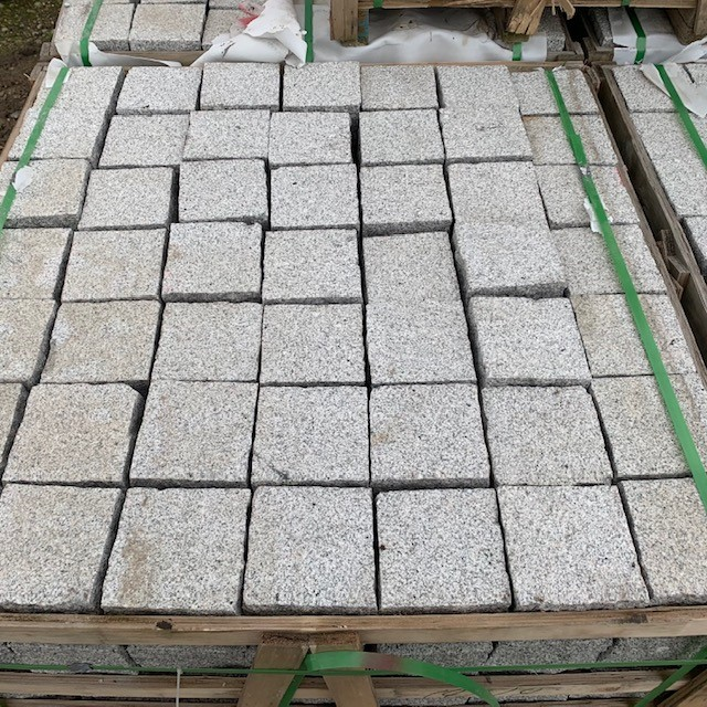 Granit Edelgroßpflaster 14x14x14 cm grau