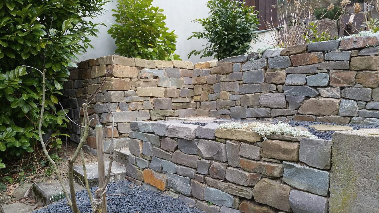 grauwacke-trockenmauersteine-bunt-maschinengespalten (3)