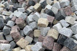 Granit/Basalt Kleinpflaster 8-11 cm rot-gelb-anthrazit-grau