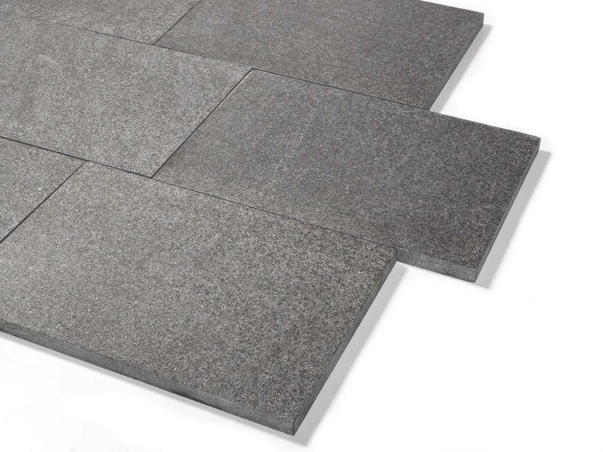 Basanit Terrassenplatte 60x60x3 cm anthrazit